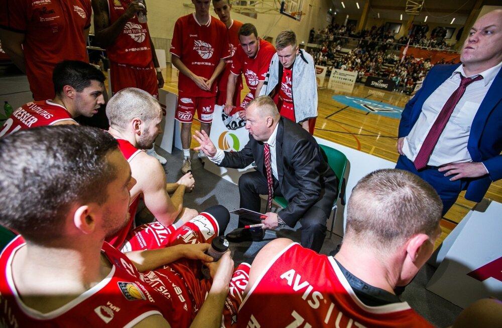 Rapla peatreener Aivar Kuusmaa annab hoolealustele nõu, kuidas Tartut murda.