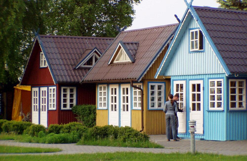 На Куршской косе слишком много автомобилей. Власти Литвы поднимают стоимость въезда для туристов
