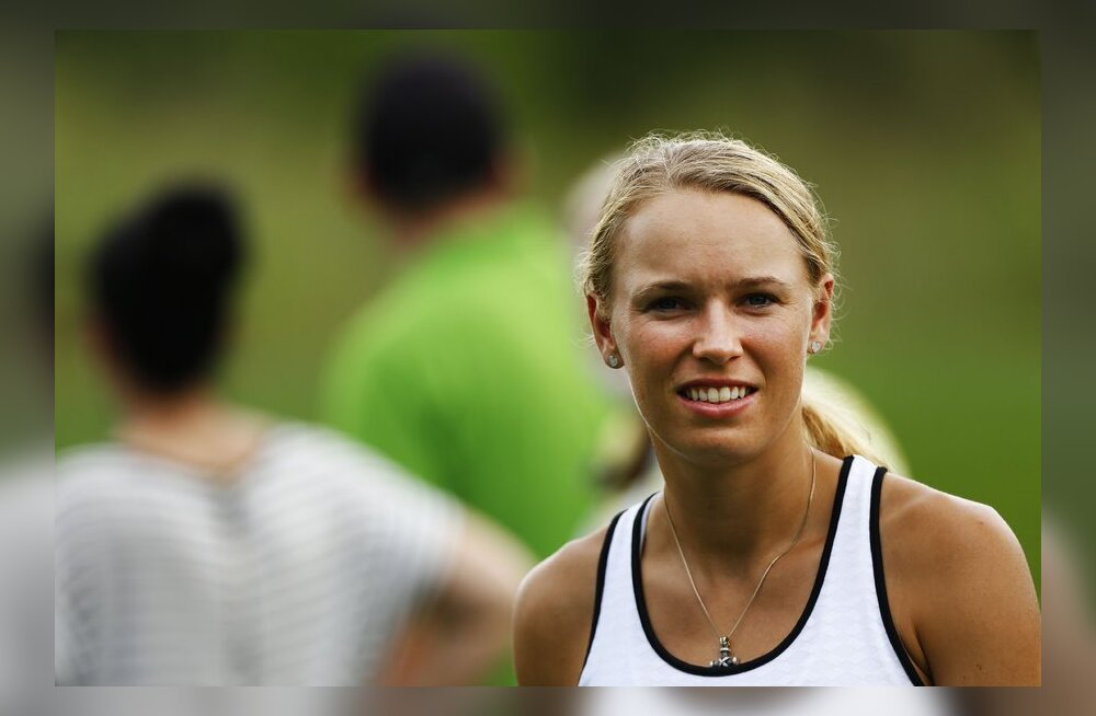 Wozniacki: kuulujutud ajavad närvi, ma ei ole Roryga lahus!