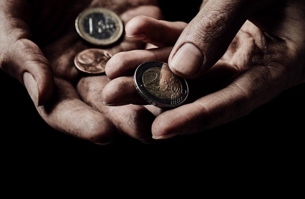 Работорговля в современной Эстонии: парочка молдаван превратила безногого инвалида в машину для зарабатывания денег