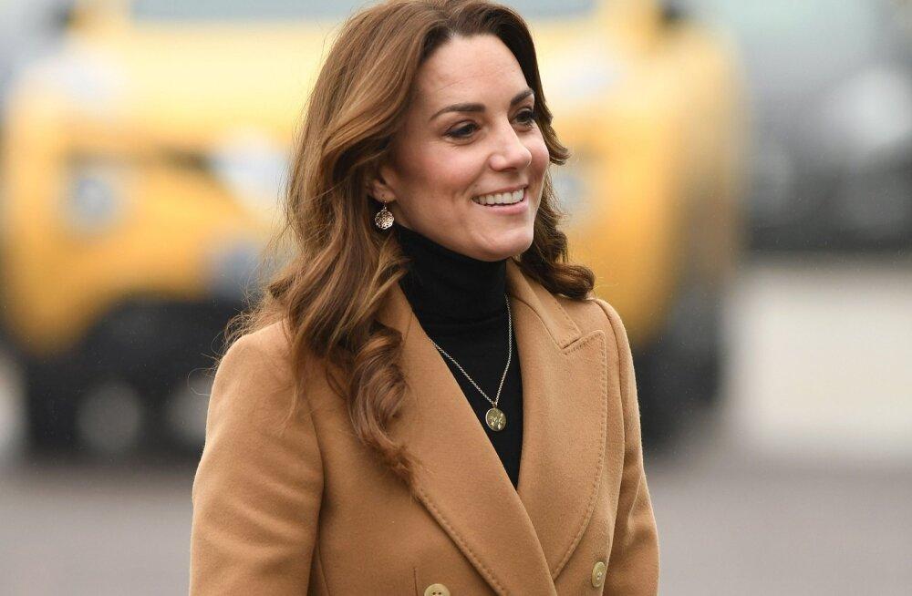 Muresid pole ainult ühel perekonnal! Kate Middleton tunnistas ausalt, et tundis peale lapse sündi tohutut üksindust: mul ei olnud kedagi