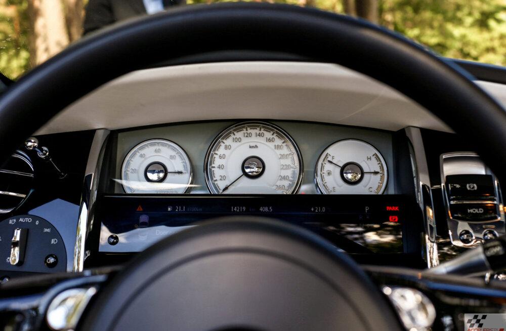 Autosõidu ABC: 10 lihtsat nippi, kuidas sõita nii, et kütust liigselt ei kulu