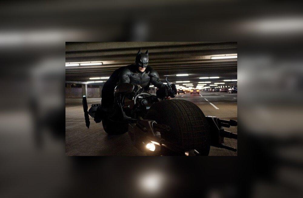PÄEVA VIDEO: uus Batman ja vana Robin