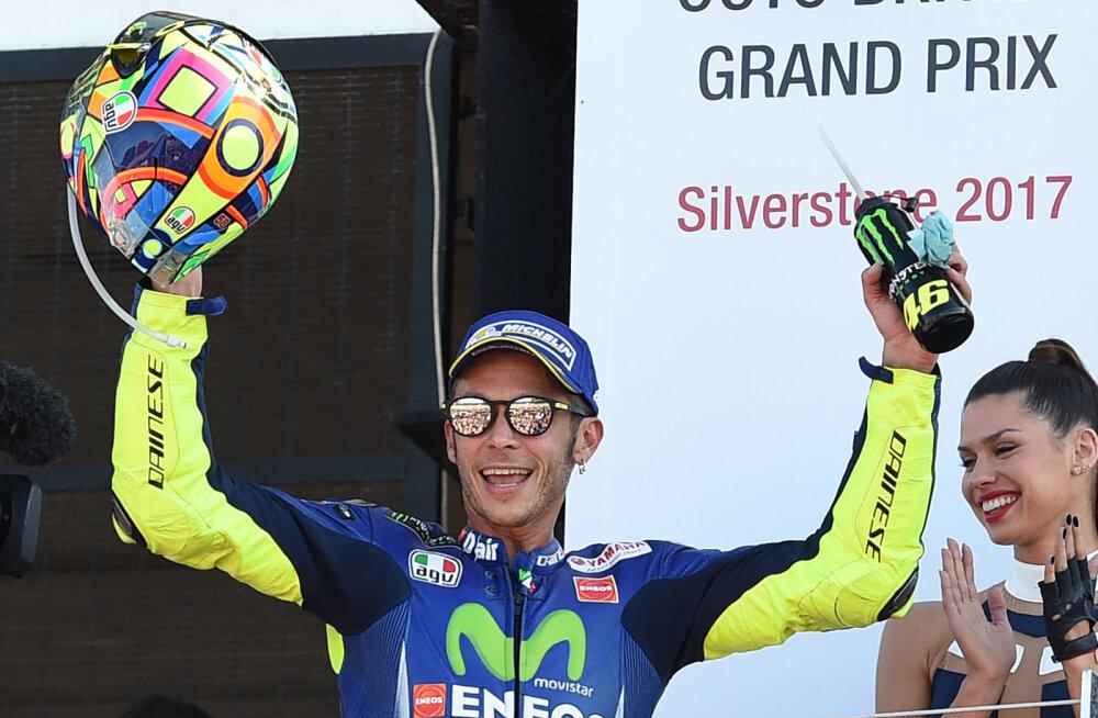Valentino Rossi lasti päev pärast operatsiooni haiglast välja
