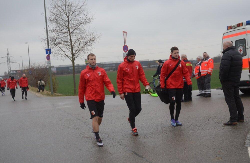 Ragnar Klavani Augsburg - Liverpool mängueelsel treeningul