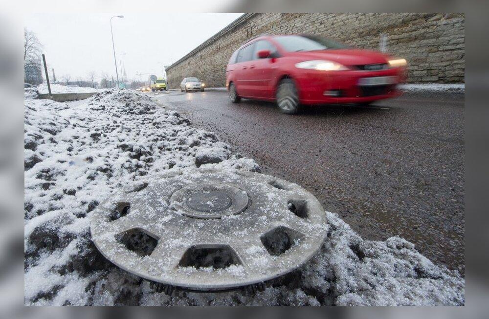 Ettevaatust, teed on kohati libedad!
