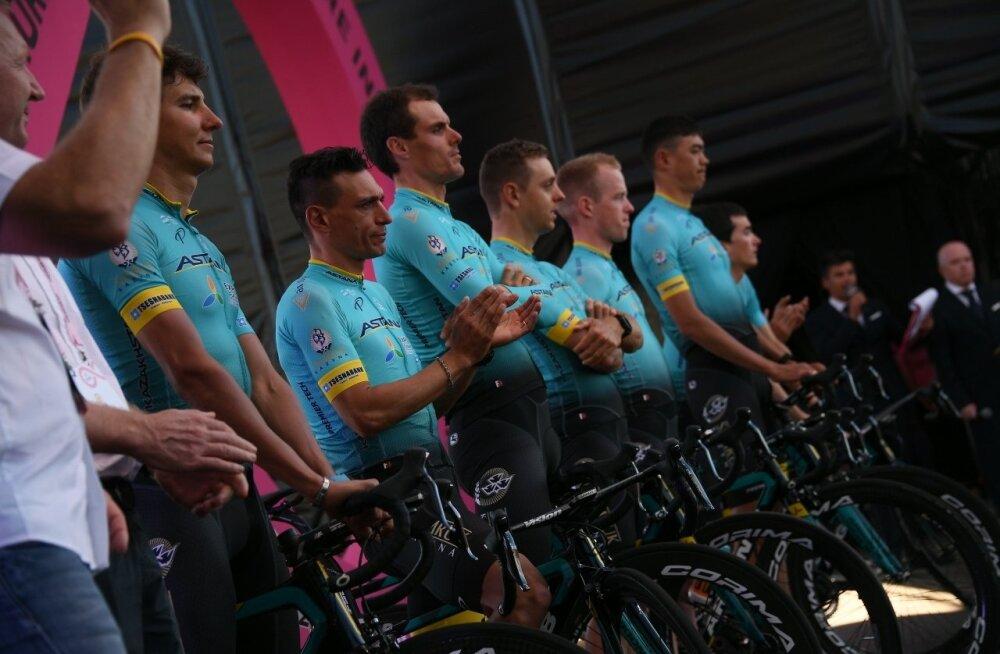 Giro d'Italia 2017 esitusel Astana meeskond