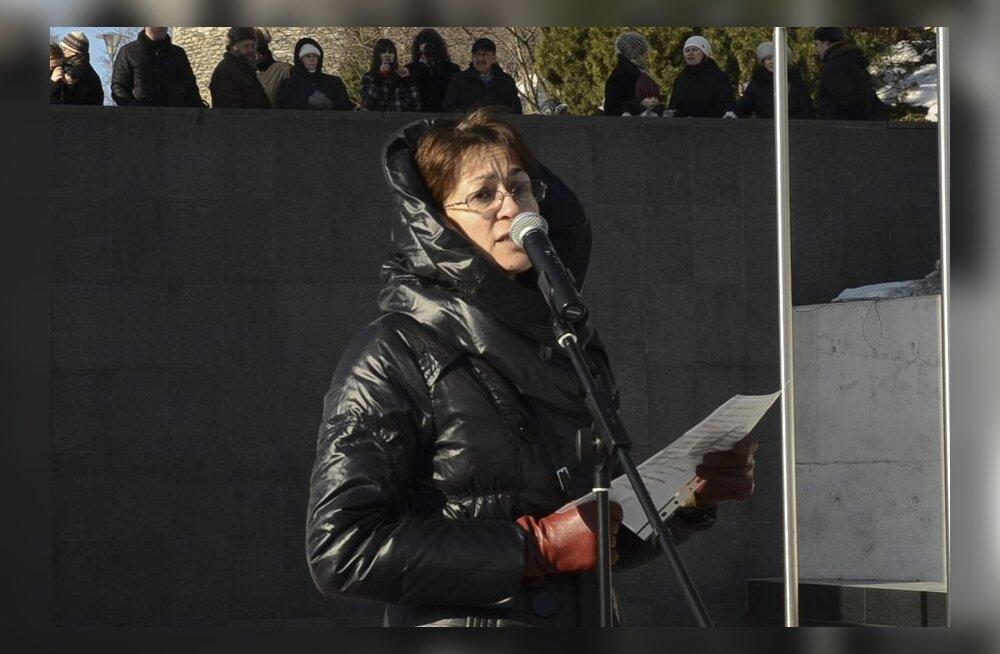ВИДЕО DELFI: Речь на русском языке: дальше молчать нельзя!