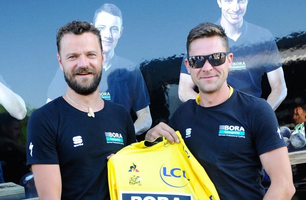 Gerd Kodanik (paremal) ja Risto Usin Tour de France´i liidrisärgiga