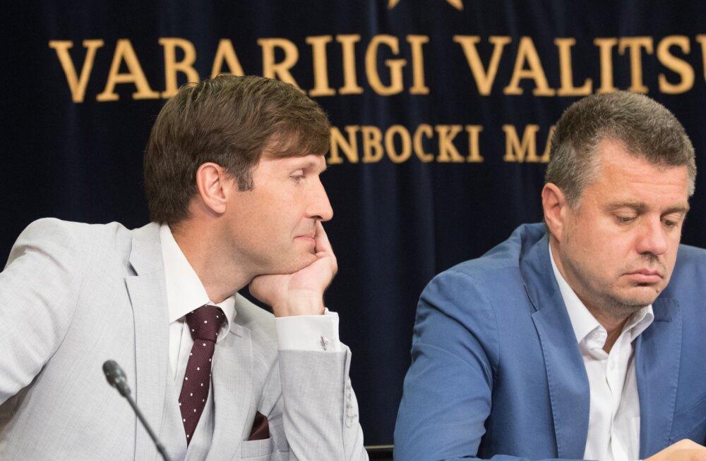 Urmas Reinsalu palus Martin Helmel ühismeedias oma sõnu süüa. Eestil ei ole Leedu ega Rumeenia valimiste osas kahtlusi