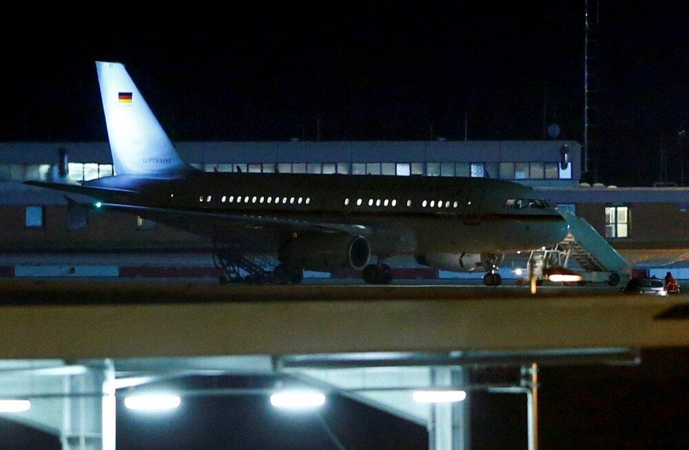 Saksamaa valitsuse lennuk Airbus A340 oli sunnitud Kölnis hädamaandumise tegema.