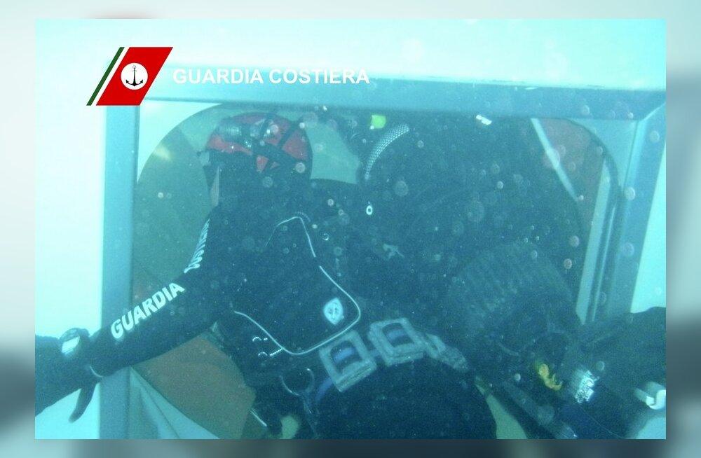 Õnnetuslaevast leiti veel viis surnukeha