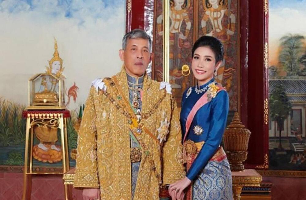 Kirju minevikuga Tai kuningas avalikustas oma ametliku armukese: naisele omistati kuninga ustava partneri tiitel