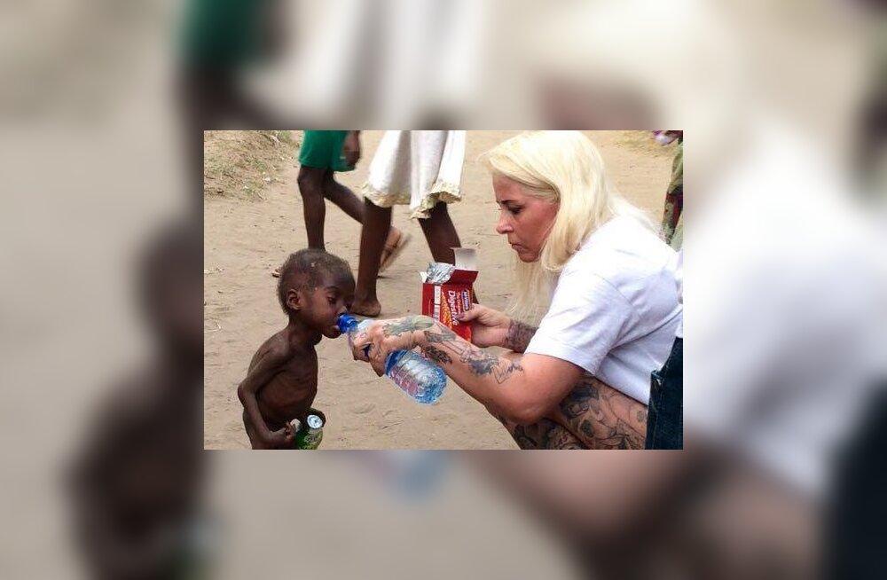 Südantliigutavad FOTOD: Nigeeriast päästeti nälginud poiss, kelle kurb saatus vapustas tervet maailma