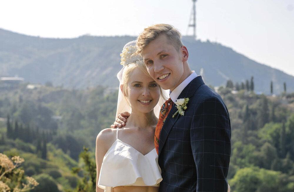 FOTOD | Hõissa, pulmad! Piret Järvis ja Egert Milder abiellusid kuuma Tbilisi päikese all