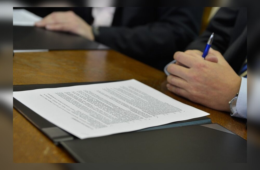 IT-akadeemia sponsorlepingu allkirjastamine