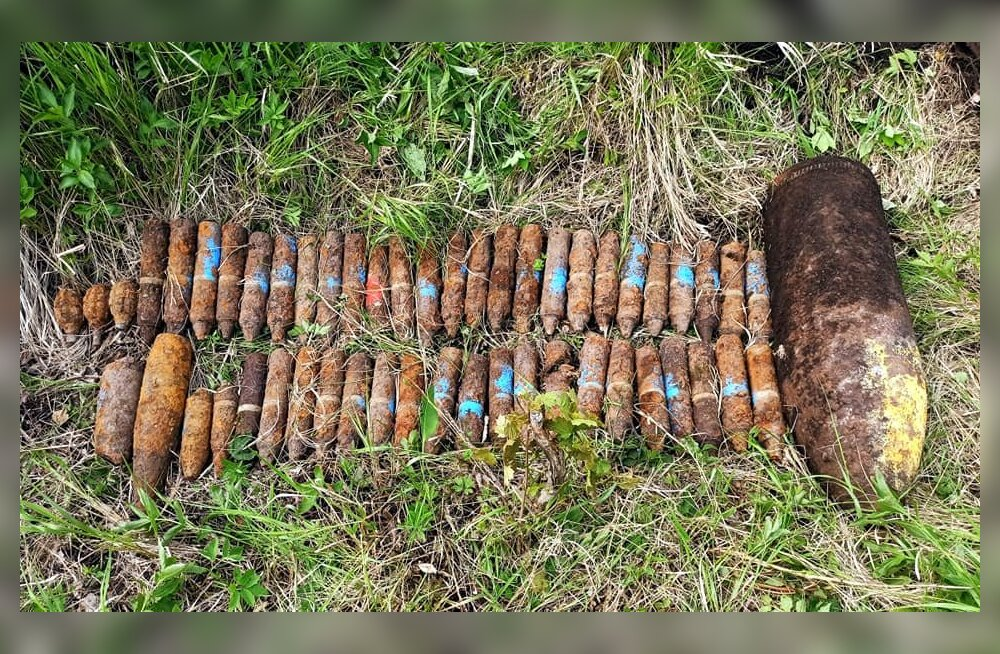 FOTO   Auvere külast leiti 49 mürsku ja kolm käsigranaati