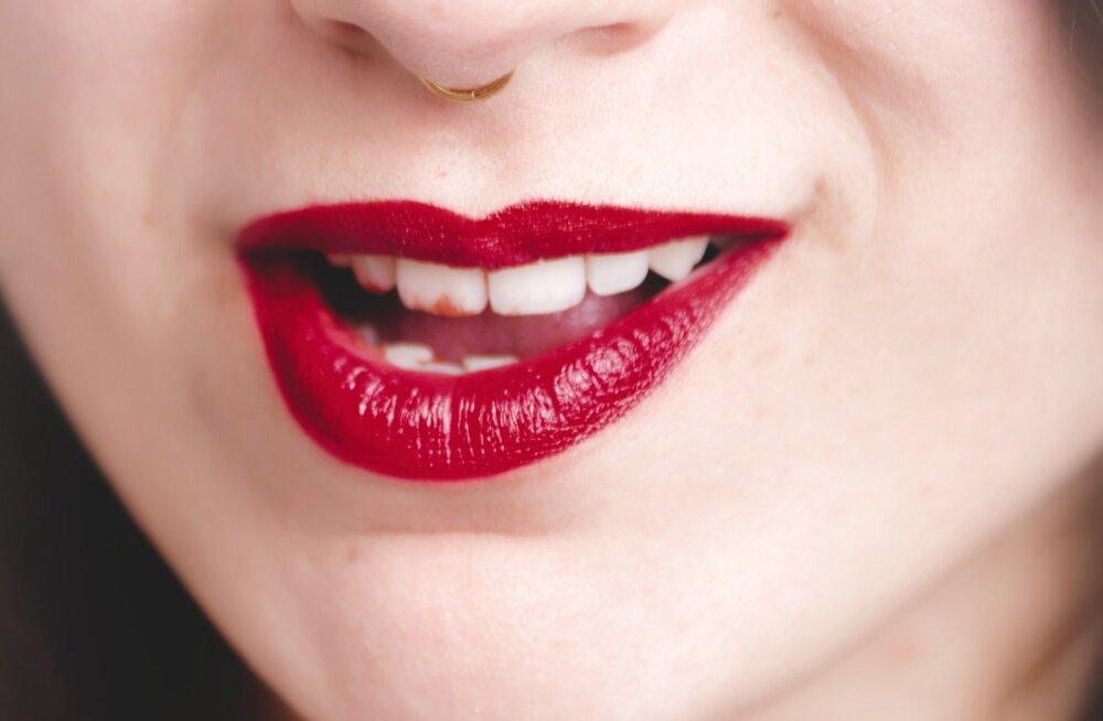 Need geniaalsed ilunõksud tagavad sulle, et su huulepulk püsib huultel terve päeva