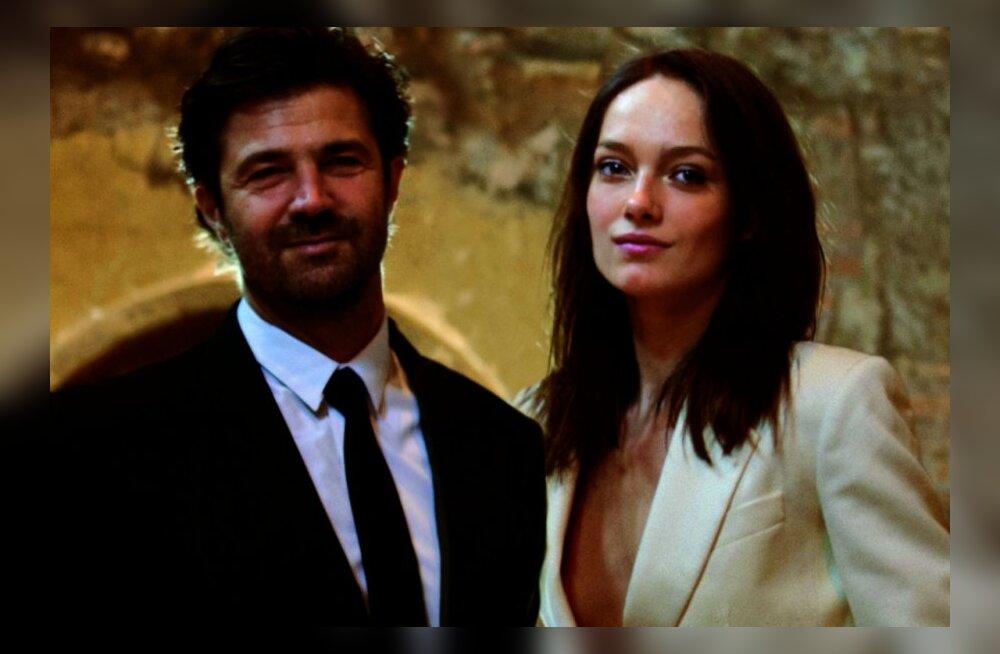 FOTOD: Karmen Pedaru pidas teise pulmapeo Ibizal vägagi paljastavas kleidis