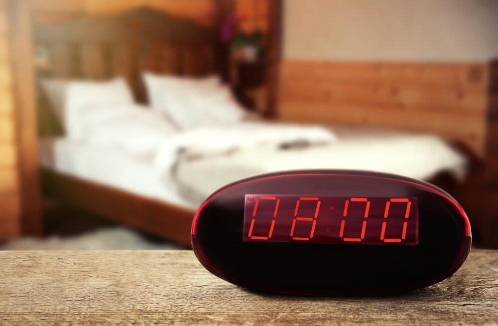 Euroopas on digitaalkellad viis minutit taha jäänud ja sellel on üllatav põhjus