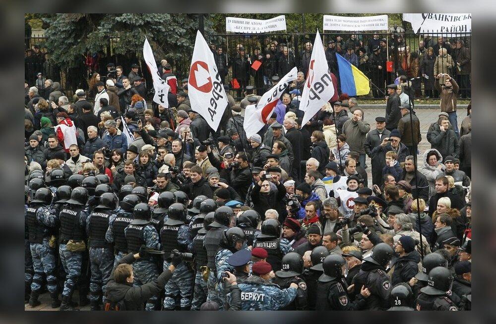 Tšernobõli veteranid nõuavad Ukraina peaministri tagasiastumist