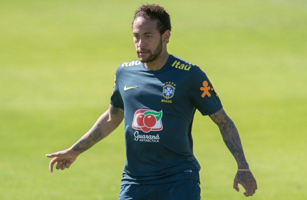Nulltolerants: Neymarilt võeti Brasiilia kaptenipael