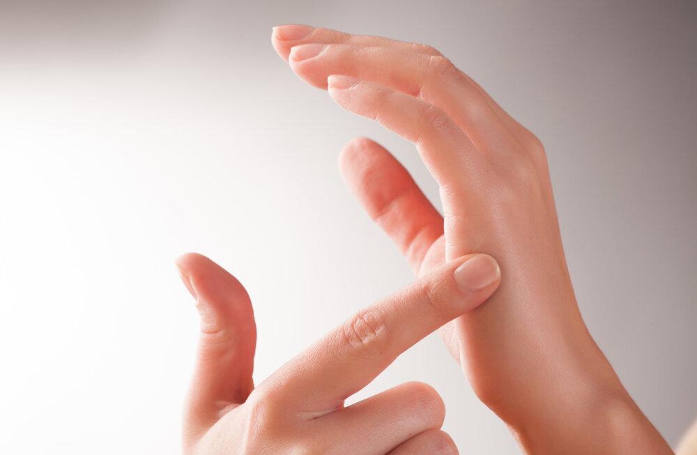 käsi valutab
