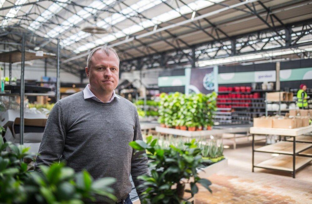 Raul Jeets, kes on 20 aastat põllumajandusega tegelenud, avas mullu aprillis Tartus ka Baltimaade suurima kodu- ja aianduskeskuse.