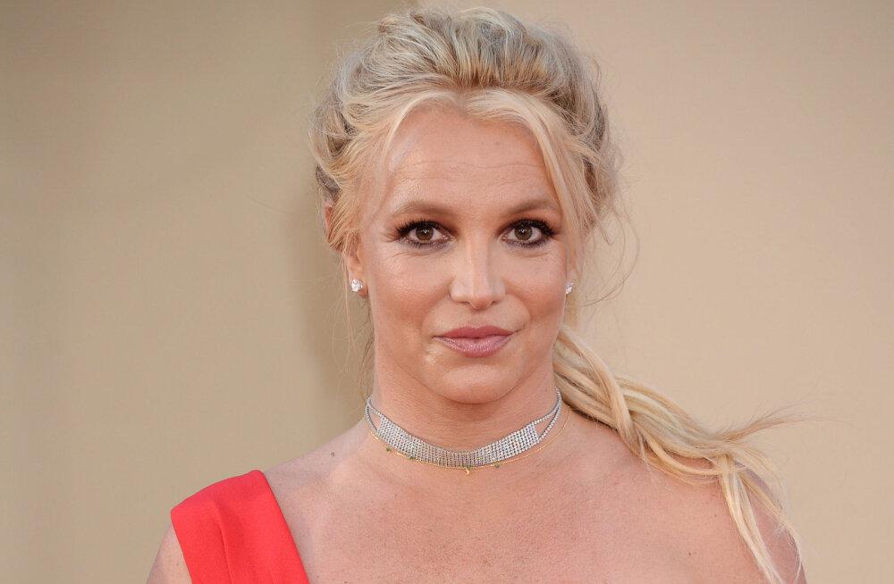 KÕHE VIDEO | Valus vaadata! Britney Spears jagas hoogsat tantsuvideot, mis lõppeb selgelt kuuldava vigastusega