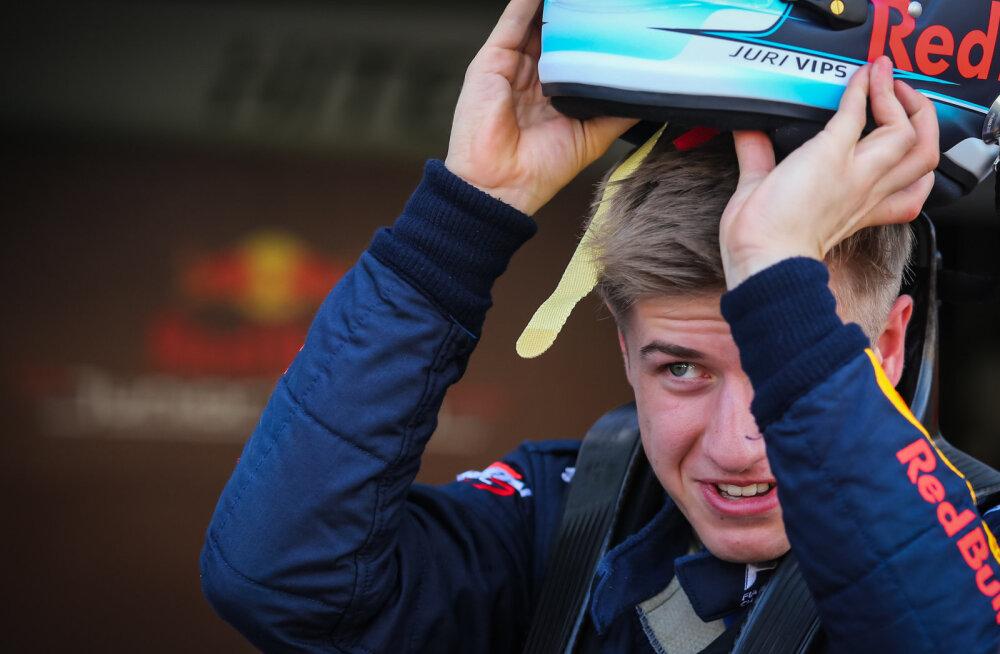 Jüri Vips pidi ärajäänud vormel 1 Austraalia GP ajal täitma Red Bulli tehases vastutusrikast rolli