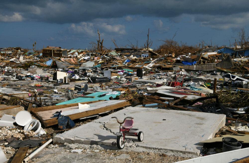 Orkaan Doriani hävitustöö Bahamal