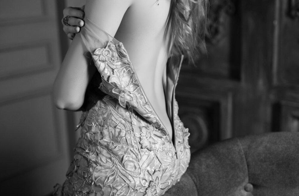 20 mõtet, mis su mehe peast läbi käivad, kui ta sind ilma riieteta näeb
