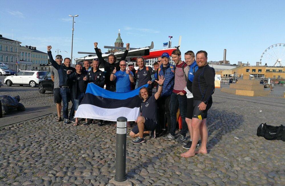 Eesti aerutajad ületasid kajakkidel Soome lahe, nende seas ka ERR-i sporditoimetuse juht ja TV3 reporter