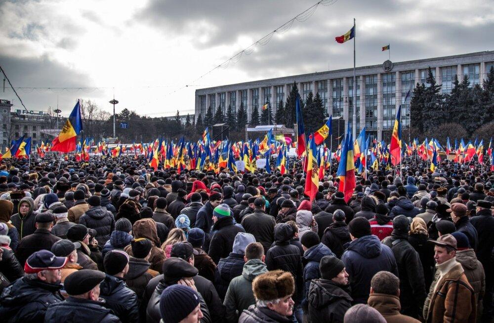 Hiiglaslik riigivargus: kuidas Läti pankade abiga varastati Moldovalt miljard dollarit