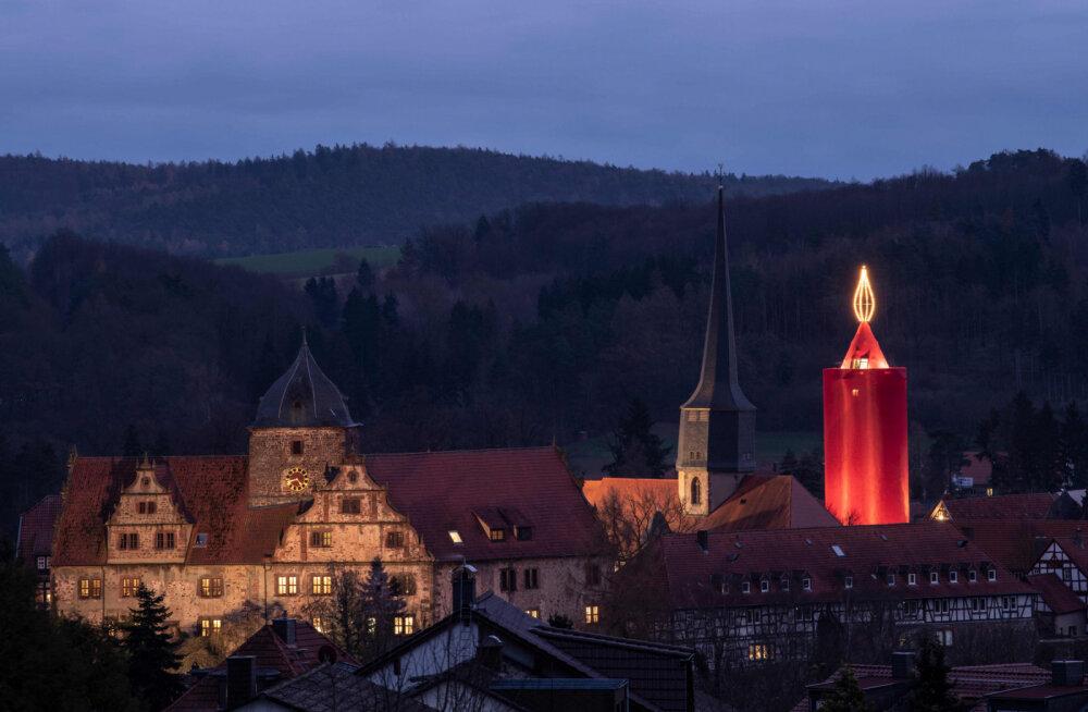 Шлиц — город гигантской рождественской свечи