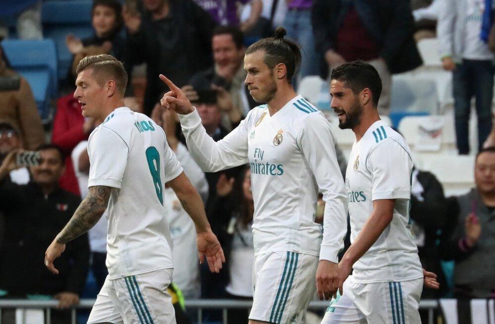 Toni Kroos (vasakult), Gareth Bale ja Isco võivad kõik Madridi Realist lahkuda.