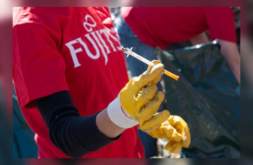 Talgulised koristasid ära ka kümneid narkomaanide süstlaid