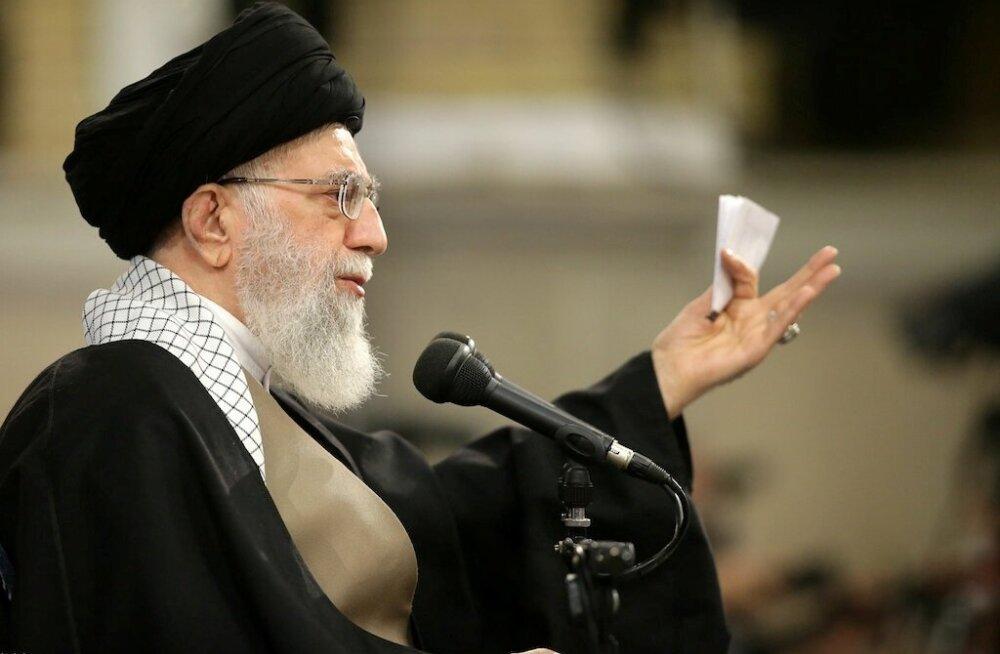Iraani ajatolla Khamenei: mõned USA ametnikud on esmaklassilised idioodid