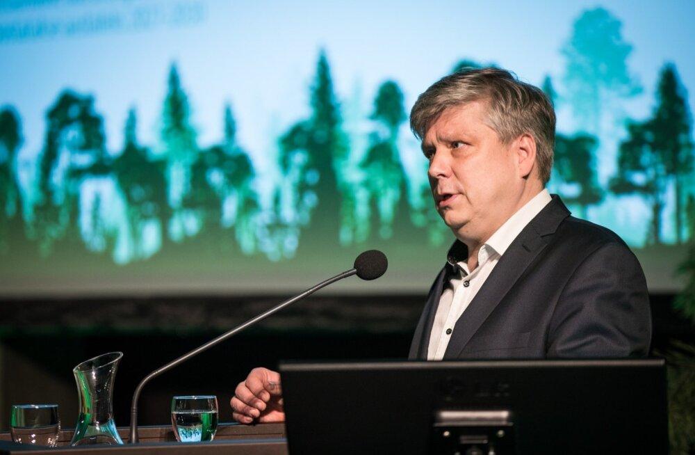 """Siim Kiisler viitab, et """"poolerakond"""" ehk Eesti 200 on silmakirjalik: neil on väga selged kogemused katuseraha jagamisega"""