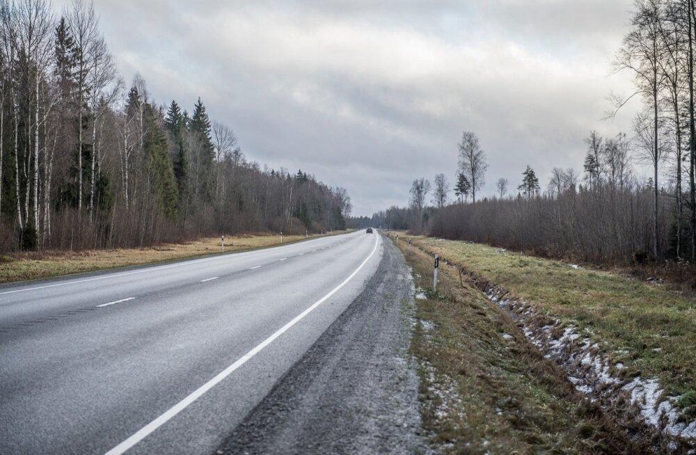 20bf36d5a04 Autojuht: Tartu-Tallinn maanteel on 2+1 lahendus pigem 2-1 - DELFI