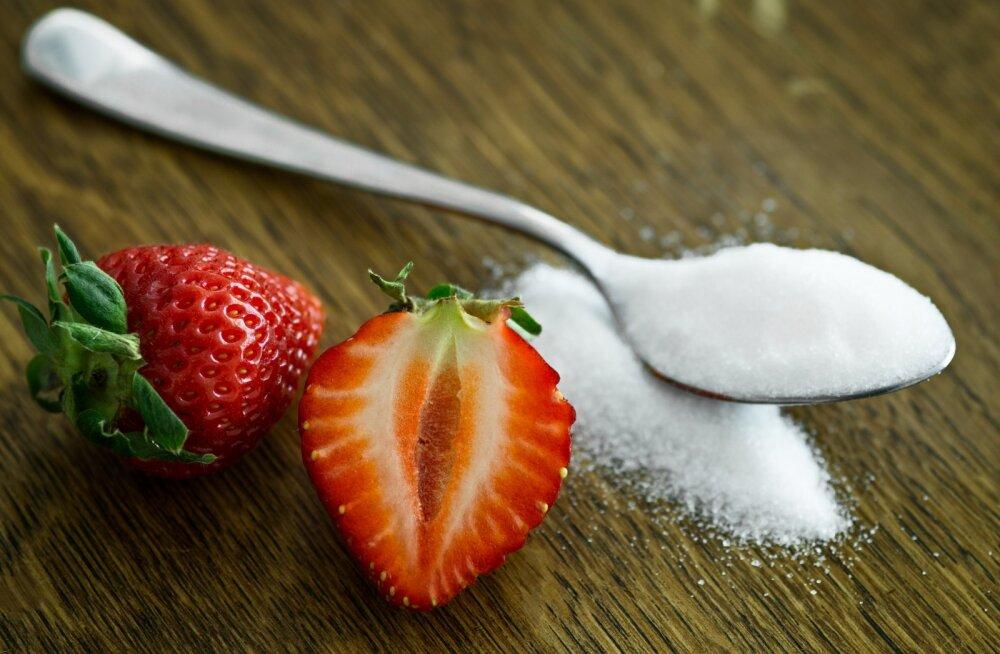 Сладкая жизнь: сколько сахара в день можно съесть?