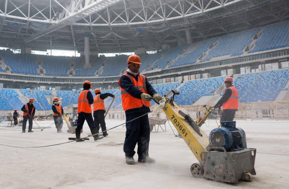Inimõigusorganisatsiooni raport: jalgpalli MM-i ehitustööd Venemaal on nõudnud 17 inimese elu