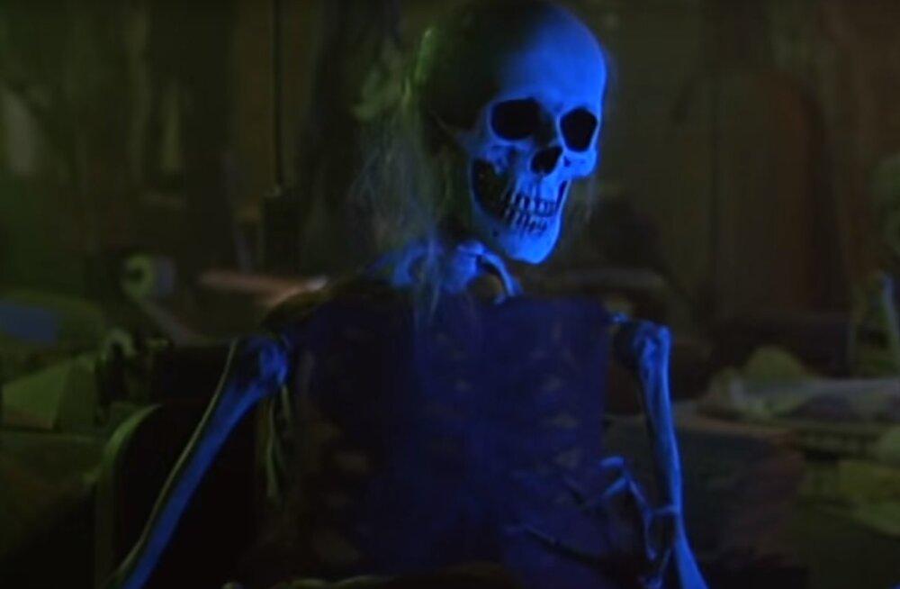 15 filmi, mille seltsis Halloween lõbusalt mööda saata
