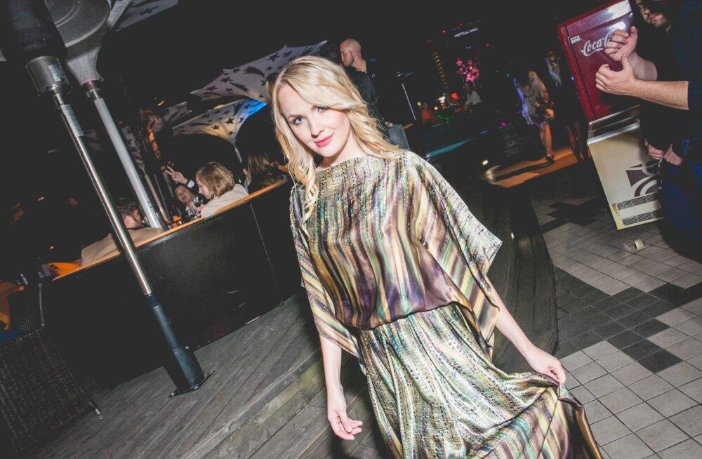Rooftop Clubis näidati Ave Tamme Couture kauneid rõivaid