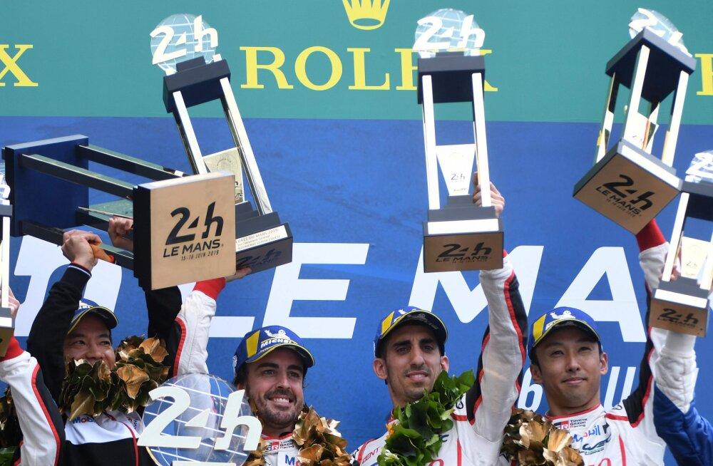 Fernando Alonso võitis Toyota ridades Le Mans'i 24 tunni sõidu