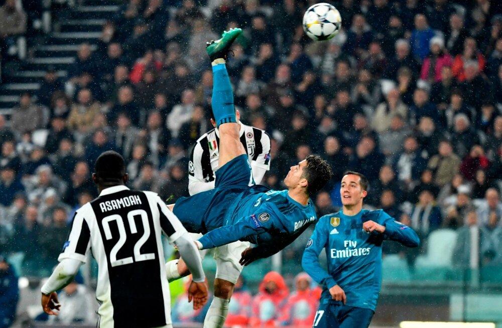 Cristiano Ronaldo ilmakuulus käärlöök.
