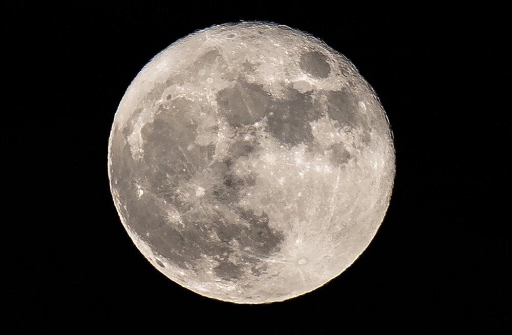 NASA avastus: isegi Kuul on olnud kunagi atmosfäär