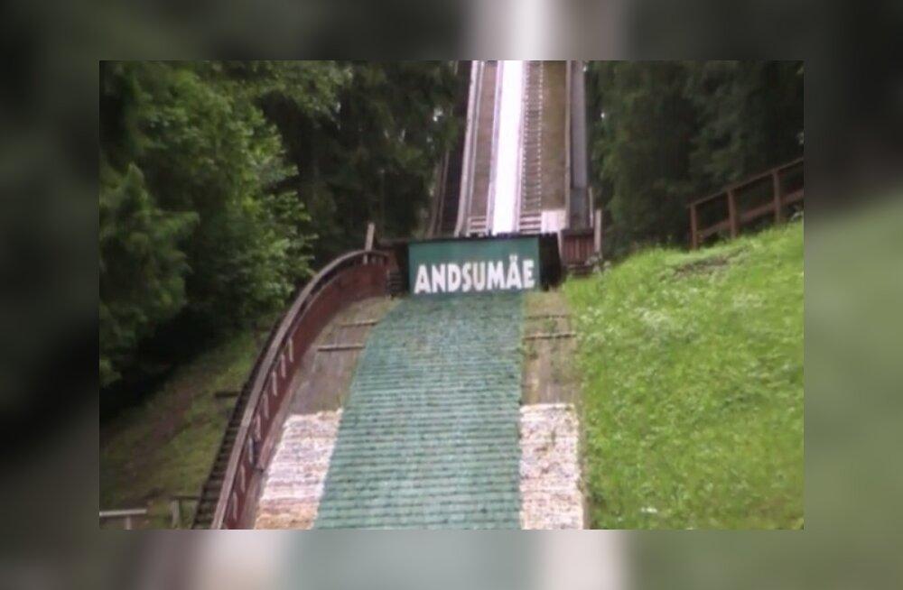 VIDEO: Vandaalid üritasid autoga Andsumäe hüppetornist üles sõita