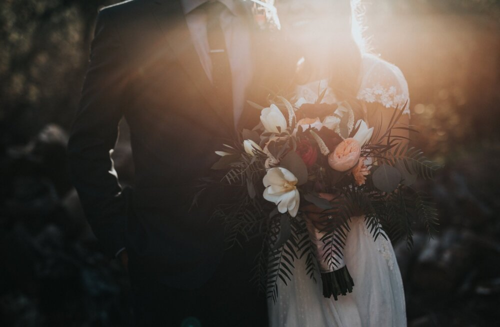 Naine pihib: üsna kohe peale meie pulmi teadsin, et ma ei taha selle mehega igaveseks kokku jääda
