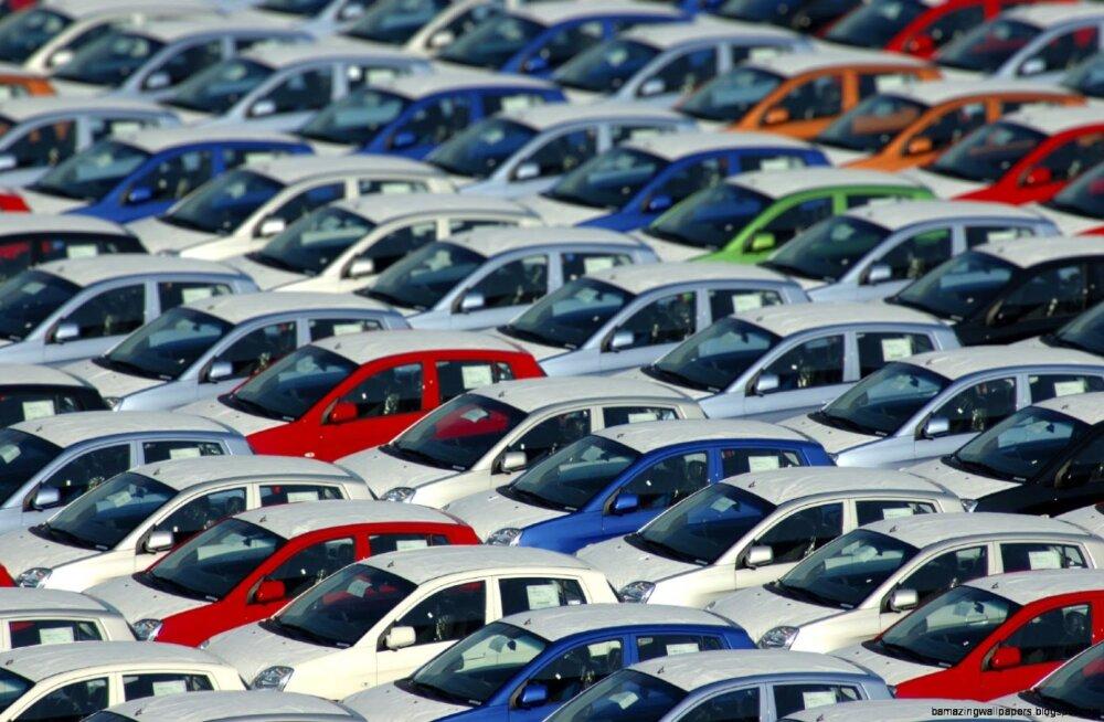 Auto ostuks autolaen või väikeliising?